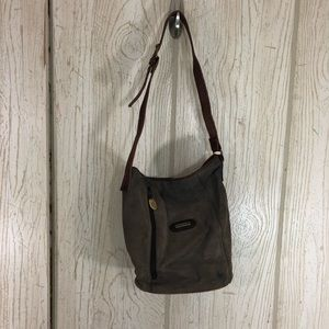 Stone Mountain Leather Bucket Bag